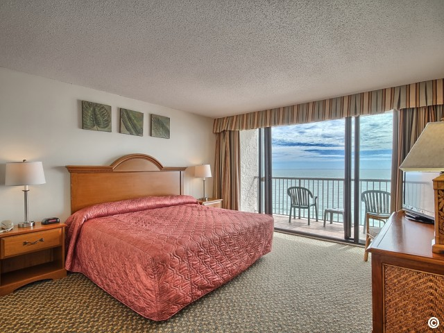 three bedroom oceanfront condo in myrtle beach